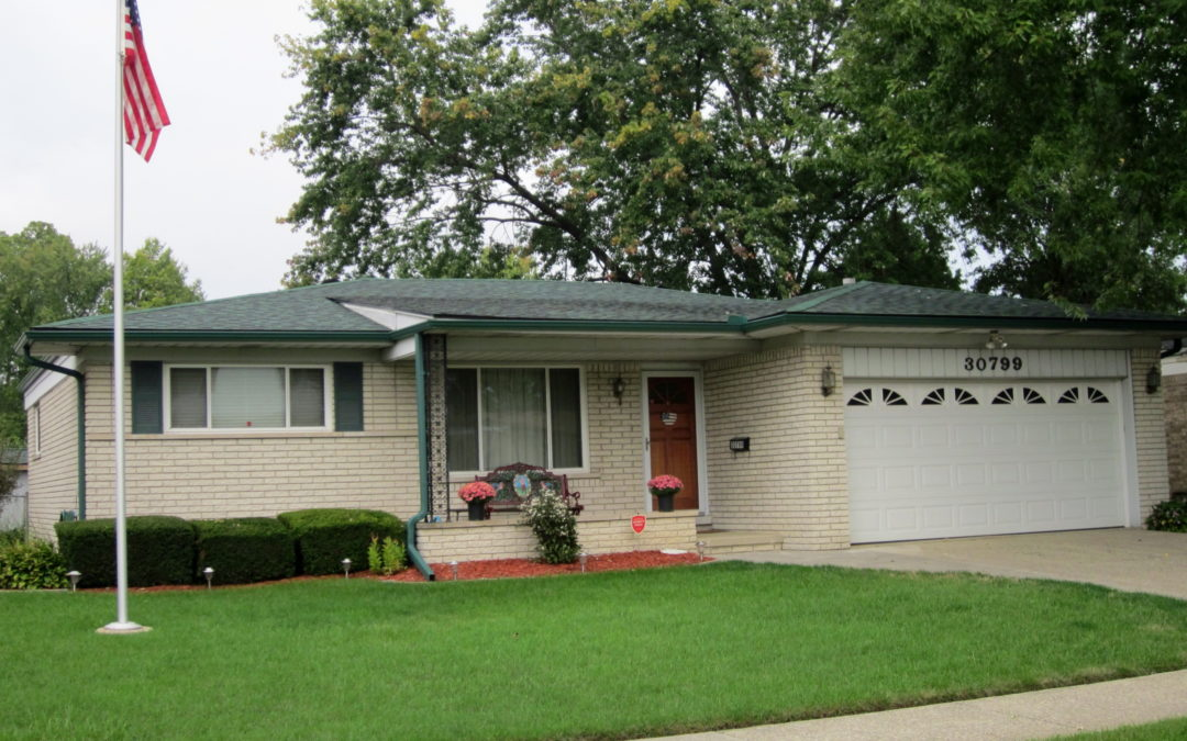 I am Proud to Introduce my Listing 30799 Elmhurst Drive in Madison Heights, 48071! Being Offered at $193,333!