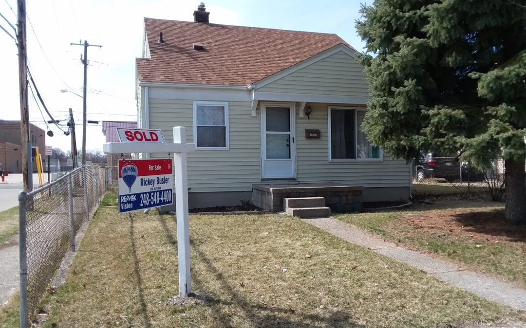 SOLD – 23705 Crossley in Hazel Park, 48030!! MLS #219011510