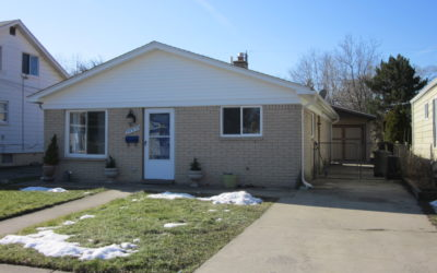 I am Proud to Introduce this Super Attractive, and Nicely Update Home at 30539 Alger in Madison Heights, 48071!! Being Offered for $131,111!