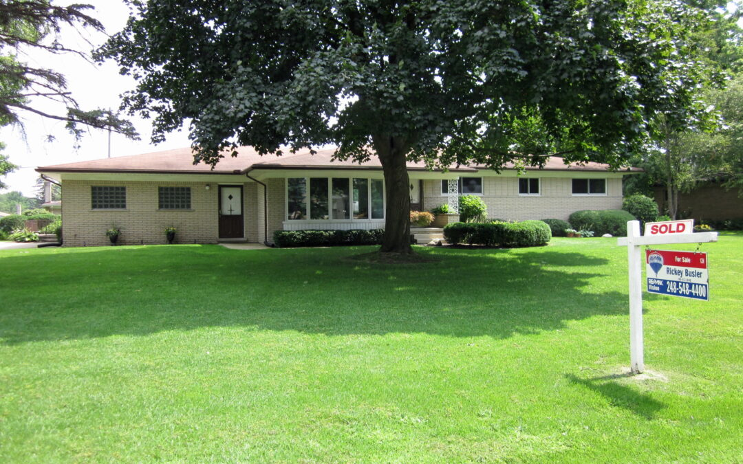 SOLD - 53348 Venus Drive Shelby Twp 48316