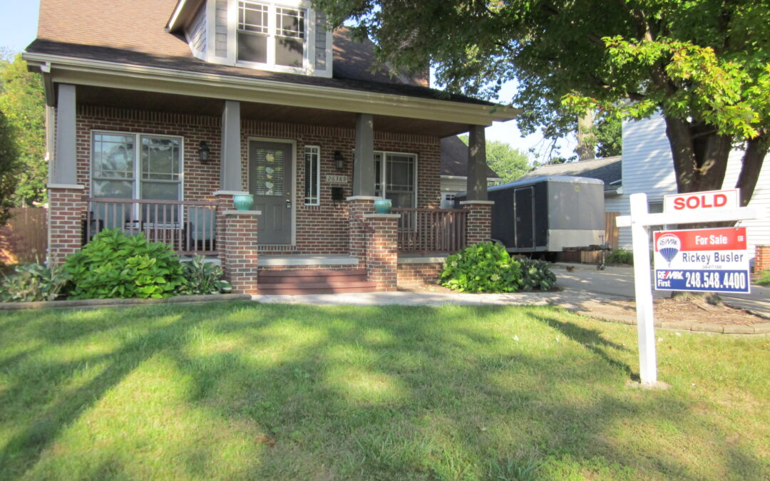 SOLD – 26389 Tawas Street in Madison Heights, 48071!! MLS #2210057531